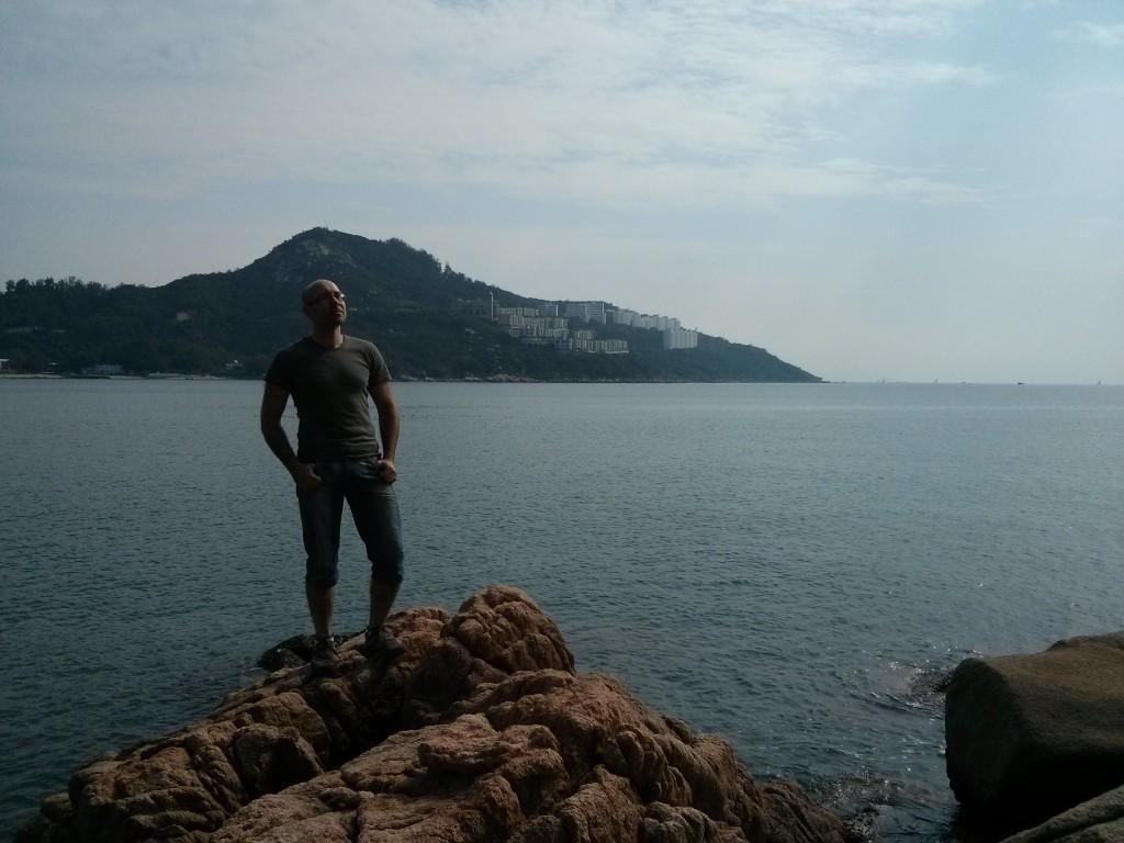 Ich in der Bucht von Stanley bei Hongkong