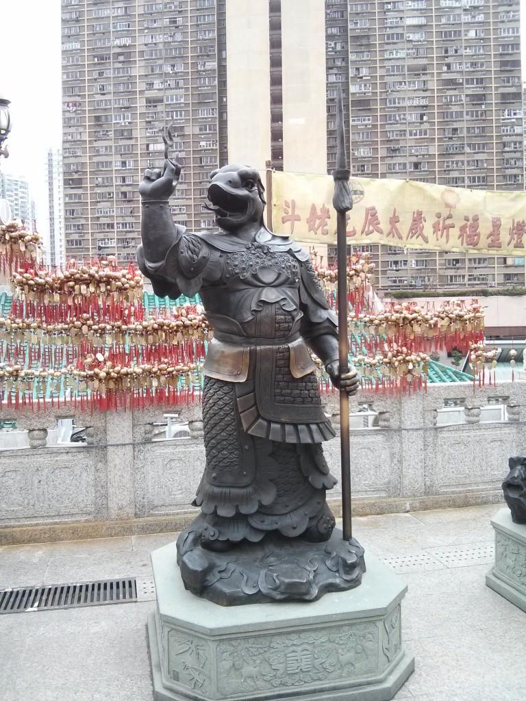Statue in Wong Tai Sin