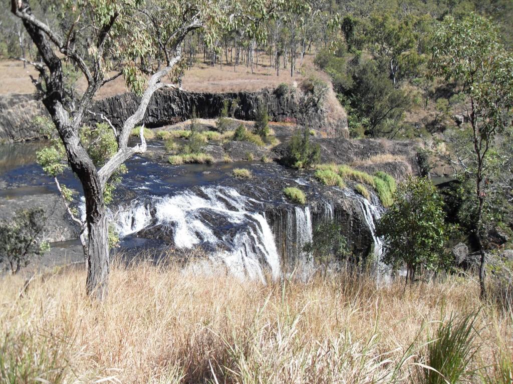 Landschaft bei den Millstream Falls in Australien