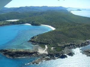 Australien: Insel vom Wasserflugzeug aus (Reisetagebuch Australien: Das Great Barrier Reef und Whitsunday Island)
