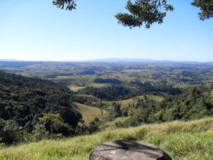 Landschaft Australien (Reisetagebuch Australien: Weiter nach Cairns und die Millstream Falls)