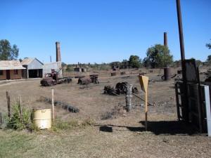 Metallfriedhof in Ravenswood Australien (Reisetagebuch Australien: Die Goldgräberstadt Ravenswood)