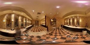 360 Grad Panorama Bild einer Kasino-Toilette auf Macau