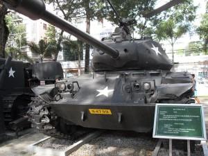 Amerikanischer-Panzer im Kriegsmuseum in Saigon bzw. Ho-Chi-Minh-Stadt in Vietnam