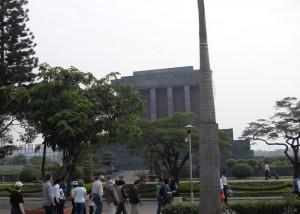 Das Mausoleum von Ho Chi Minh in Hanoi in Vietnam (Reisetagebuch Vietnam: Unsere Ankunft in Hanoi)