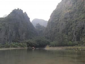 In der trockenen Ha Long Bucht in Vietnam (Reisetagebuch Vietnam: Auf dem Ngo Dong und in der trockenen Halong Bucht)