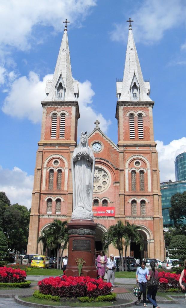 Notre Dame in Saigon bzw. Ho-Chi-Minh-Stadt in Vietnam