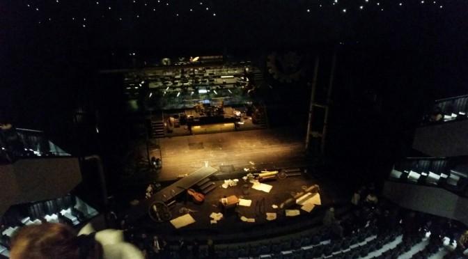Bühnenbild nach Aufführung der Steampunk Oper Klein Zaches genannt Zinnober von Coppelius