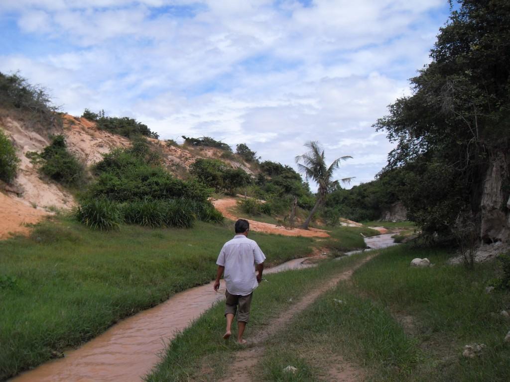 Unser Guide im Canyon von Mui Ne in Vietnam