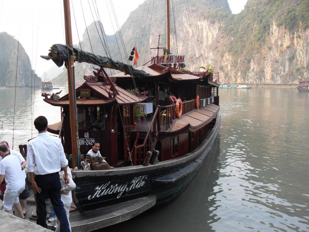 Unsere Dschunke in der Ha Long Bucht in Vietnam