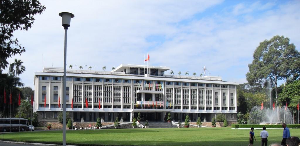 Der Wiedervereinigungspalast in Saigon bzw. Ho-Chi-Minh-Stadt in Vietnam