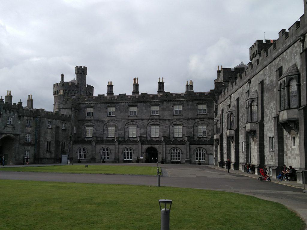 Innenhof von Kilkenny Castle