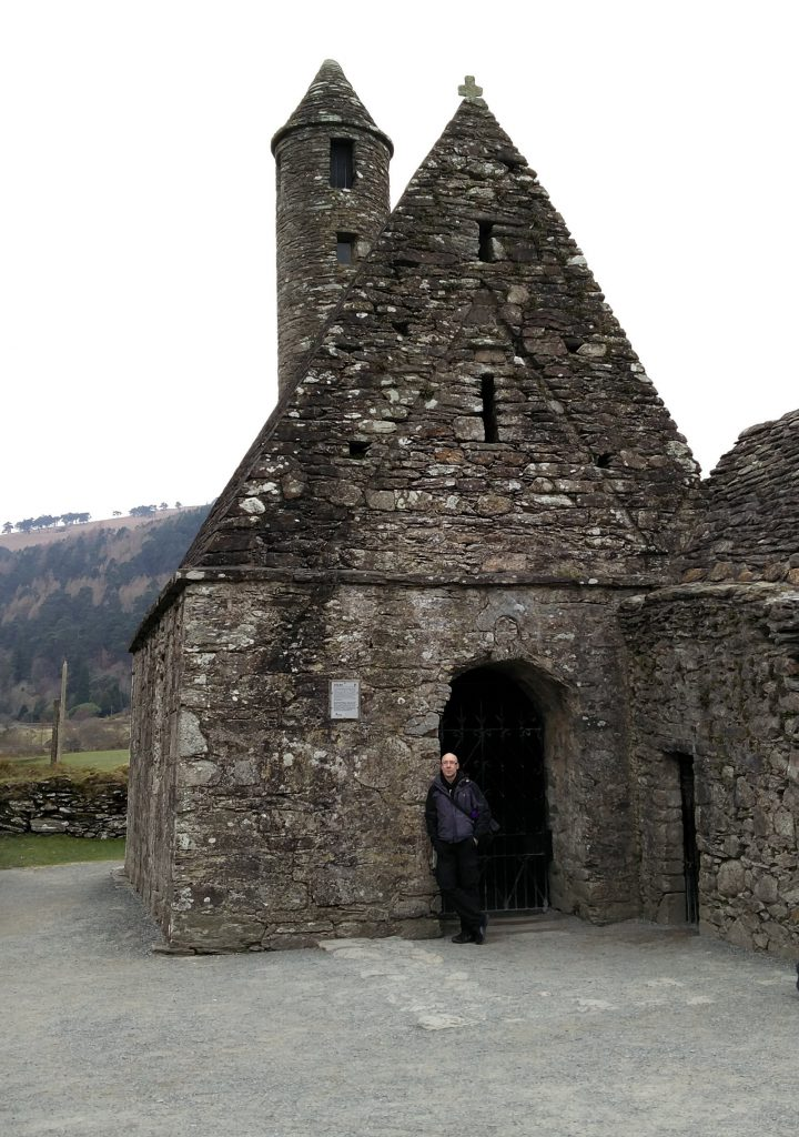 Kirche St Kevin bei Glendalough
