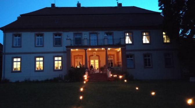Schloss Lohm bei Nacht Vampir Schloss