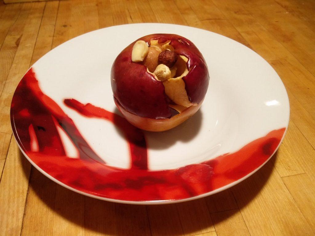 Bratapfel mit Marzipan-Studentenfutter-Füllung am Weltbratapfeltag 2016