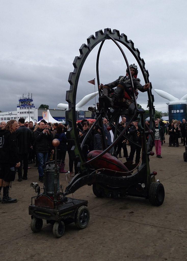 Steampunk Fahrzeug Rad beim M'era Luna 2017