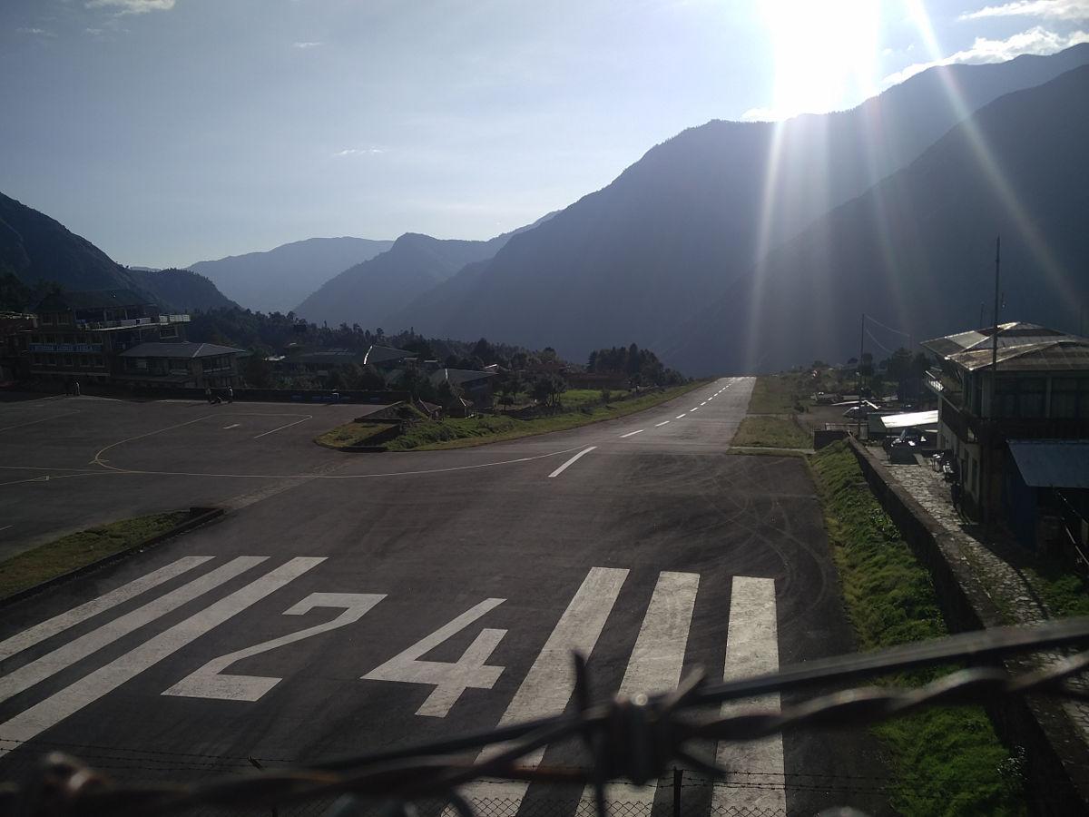 Der Flughafen von Lukla Nepal