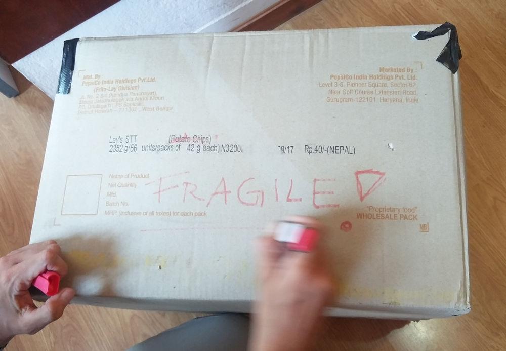 Fragile! Zerbrechlich! Das Paket mit den Ocean-Drums