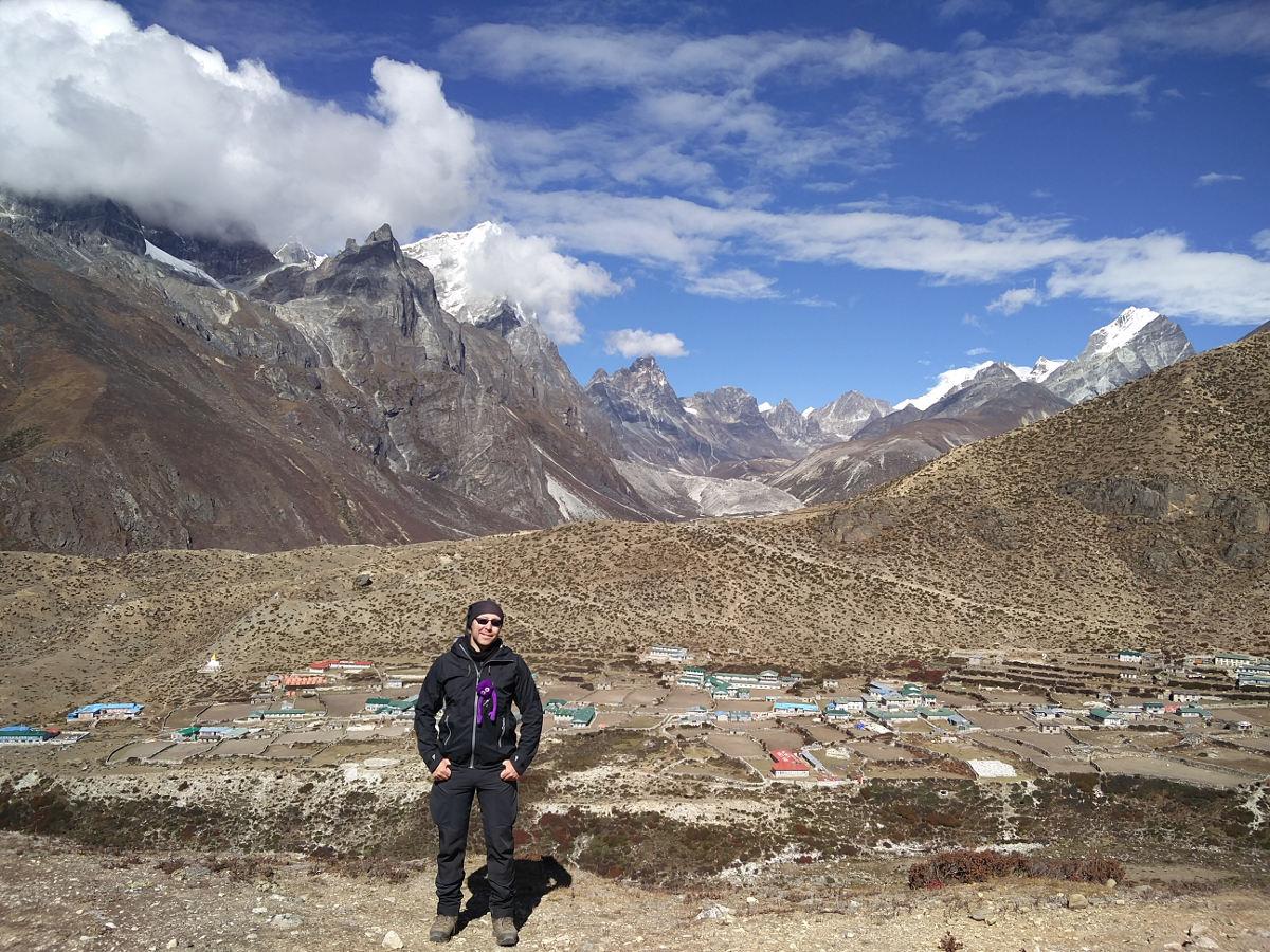 Knoten Knut und ich vor Dingboche beim Trekking in Nepal