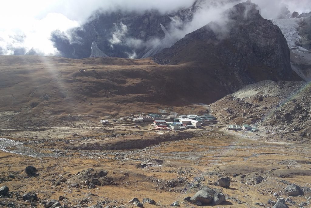 Sicht auf Lobuche Trekking in Nepal