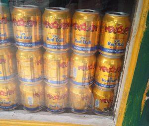 Red Bull Plagiat Red Ball Energie Drink (Trek nach Lukla – Plagiate in Lukla)