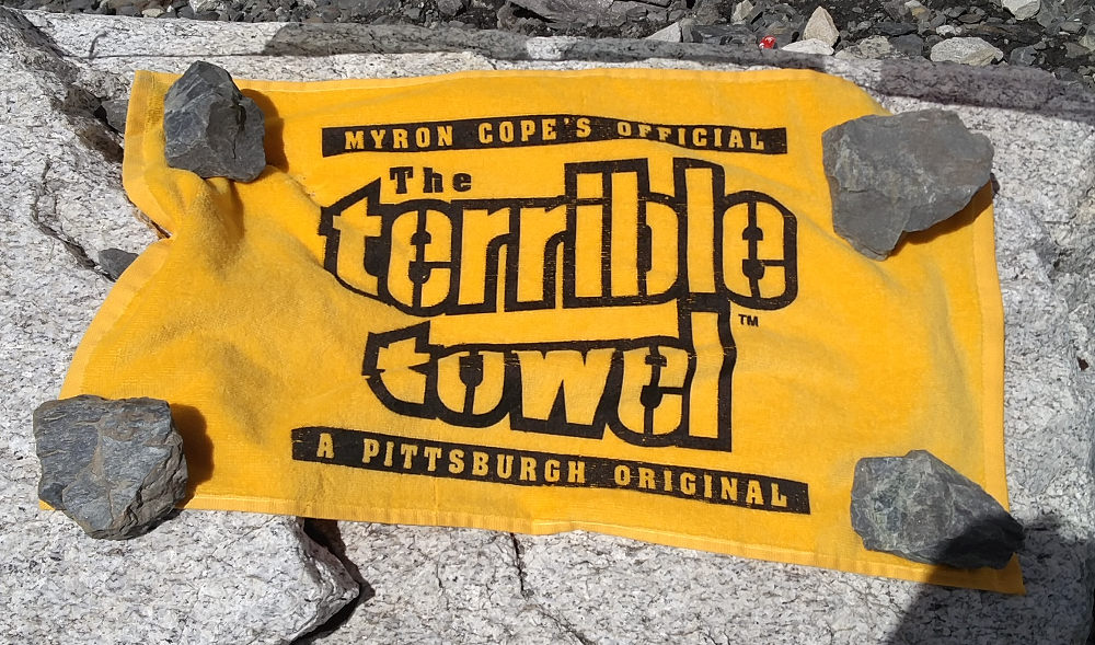 "Das ""Terrible Towel"" am Mount Everest Base Camp in Nepal"