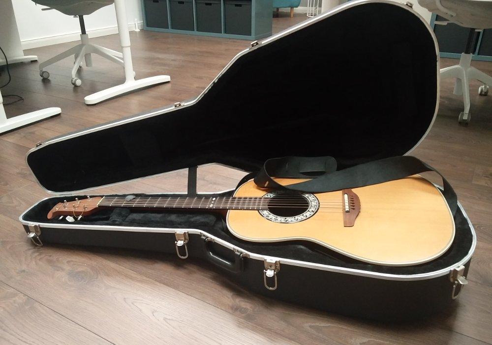 Musik - Gitarre spielen auf der Arbeit - Mein Zweck der Existenz im Alltag verwirklicht