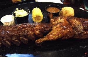 Spare Ribs im Bennys BBQ im Binions in Las Vegas (Ein Tauros in Amerika, Buffalo und BBQ)