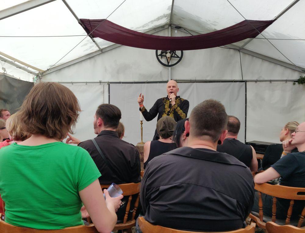 Vortrag von Nikolas Schreck beim Wave Gotik Treffen 2019 WGT