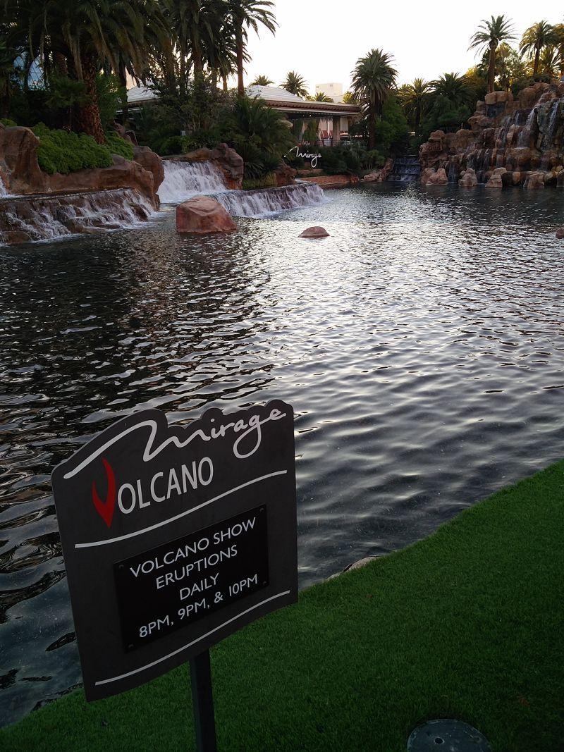 Vulkan Ausbruchszeiten - Las Vegas Mirage